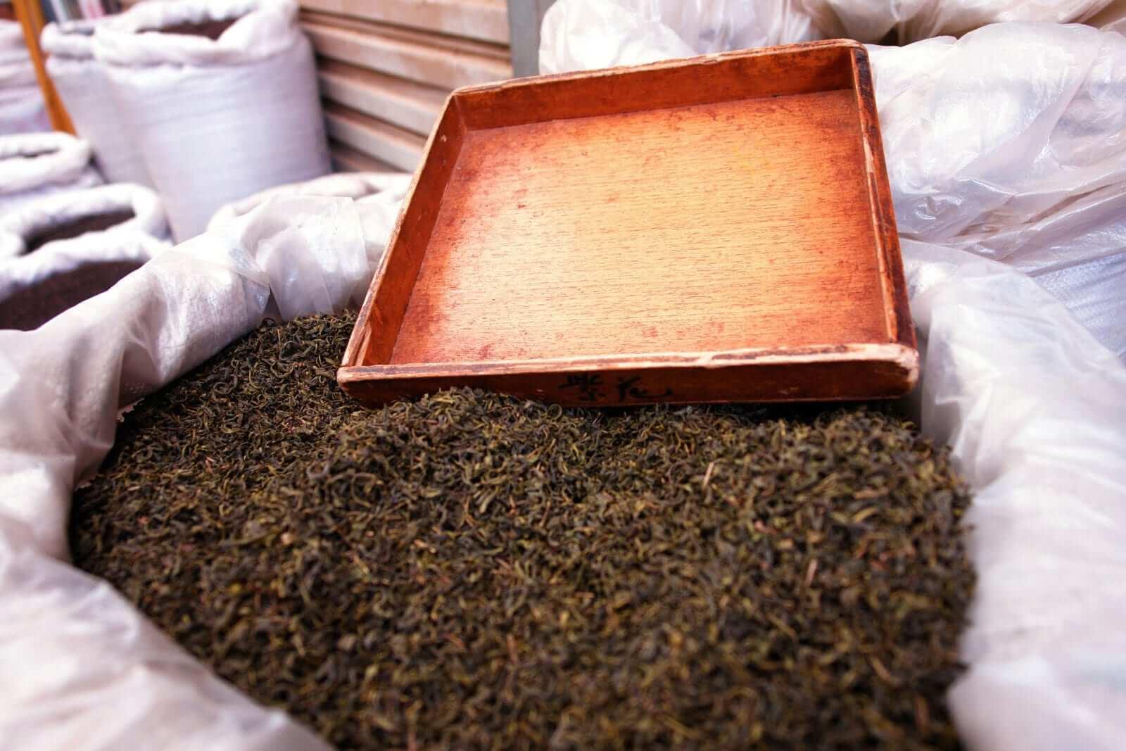 Wie hilft grüner Tee beim Abnehmen?