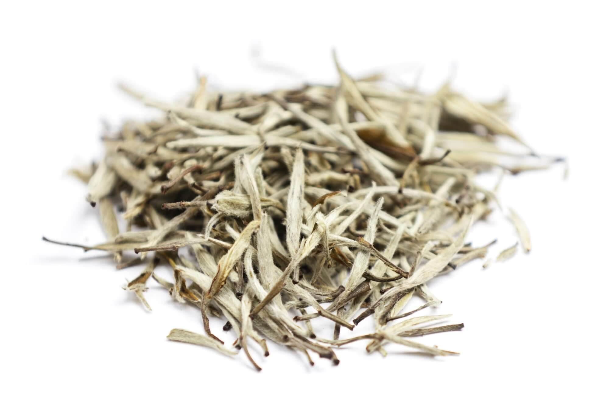 Teeblätte von weißem Tee